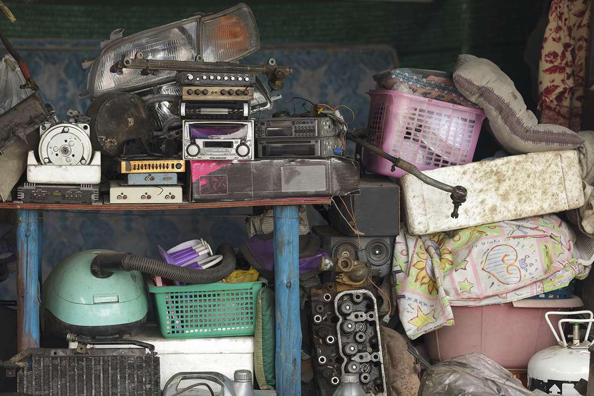 hoarders buried alive life hope truth. Black Bedroom Furniture Sets. Home Design Ideas